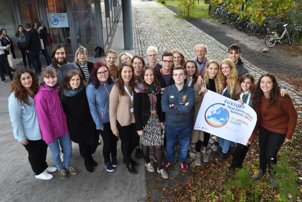 Die Workshopgruppe von Vajswerk beim EUSTORY Summit der Körber Stiftung